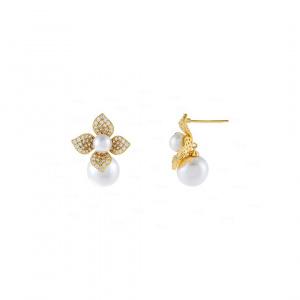 Flore Pearl Drop Earring