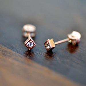 14K Gold 0.06 Ct. Genuine Diamond Rhombus Shape Studs Earrings Fine Jewelry
